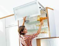 Konyha tárolás, felnyíló üvegszekrény - Cliff konyhabútor