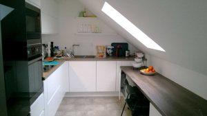 Modern konyhabútor - Optima modern konyha L alakú tetőtérben - Cliff konyhák Sopron