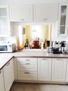 Fehér Vintage konyha - Cornerstone konyhabútor - Cliff konyhák Sopron