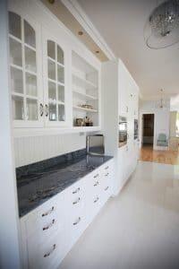 Amerikai konyha - fehér klasszikus konyhabútor - Cliff konyhabútor 3