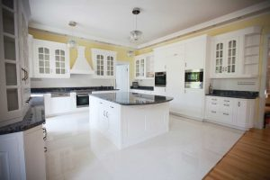 Amerikai konyha - fehér klasszikus konyhabútor - Cliff konyhabútor 7