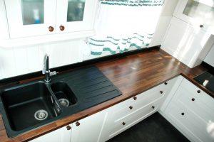 U alakú konyha - fehér vintage konyha - Cliff konyhabútor 1