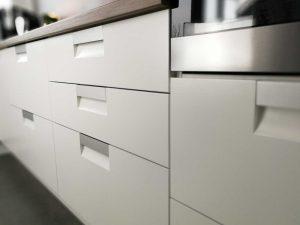 Modern L alakú konyha - fehér Palace konyha - Cliff konyhabútor 16
