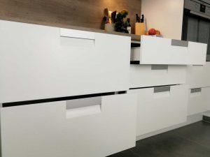 Modern L alakú konyha - fehér Palace konyha - Cliff konyhabútor 25