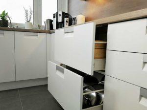 Modern L alakú konyha - fehér Palace konyha - Cliff konyhabútor 26