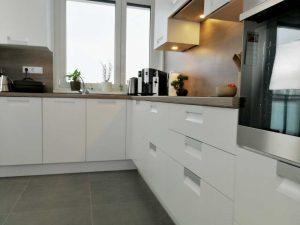 Modern L alakú konyha - fehér Palace konyha - Cliff konyhabútor 30