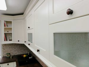 Egyedi konyha - fehér vintage konyha - Cliff konyhabútor 18