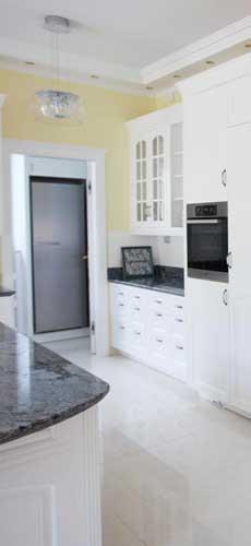 Klasszikus konyhabútor - Jaffa fehér konyha - Cliff konyhabútor 1