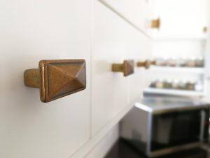 Fehér konyhabútor - vintage konyha képek - Cliff konyhák 9