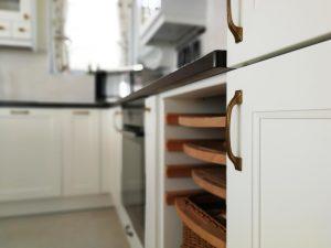 Fehér konyhabútor - vintage konyha képek - Cliff konyhák 22