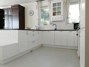 Fehér konyhabútor - vintage konyha képek - Cliff konyhák 23