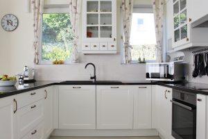 Fehér konyhabútor - vintage konyha képek - Cliff konyhák 2