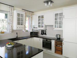 Fehér konyhabútor - vintage konyha képek - Cliff konyhák 17