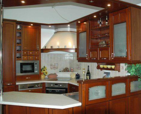 Barna klasszikus konyha - Honig konyhabútor G alakú - Cliff konyhák Sopron