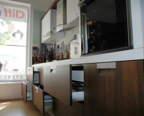 Barna modern konyhabútor - Palace modern konyha fiókok - Cliff konyhák Sopron