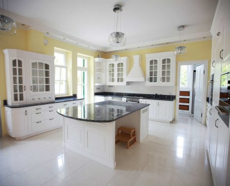 Amerikai konyha - fehér klasszikus konyhabútor - Cliff konyhabútor 8