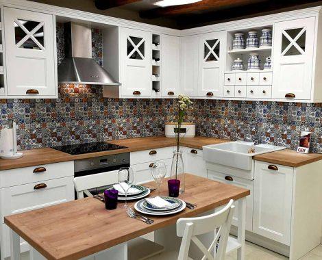 Fehér Vintage konyha - König konyhabútor gurulós szigettel - Cliff konyhák Sopron